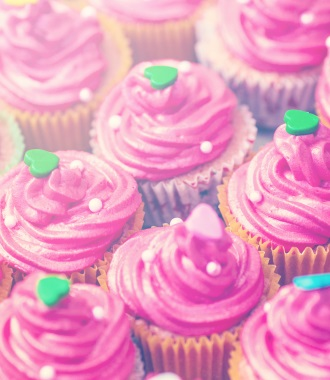 pink cupcakes mobile