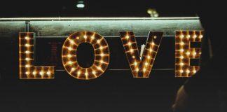 love-status-quote desktop 2