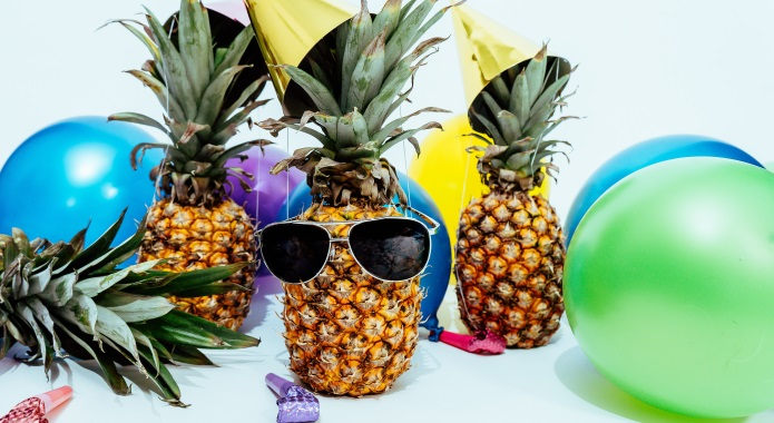 funny pineapples desktop