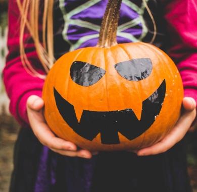 halloween pumpkin mobile